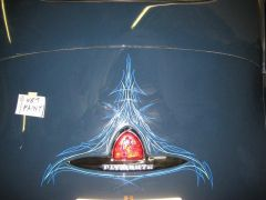 Pinstripe trunk