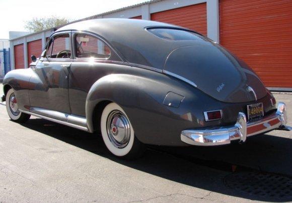 1947 Packard Clipper Six 2dr Club Sedan 250.jpg