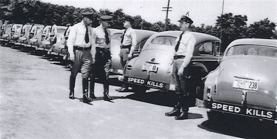 Maryland State Police 1940sinspection.jpg