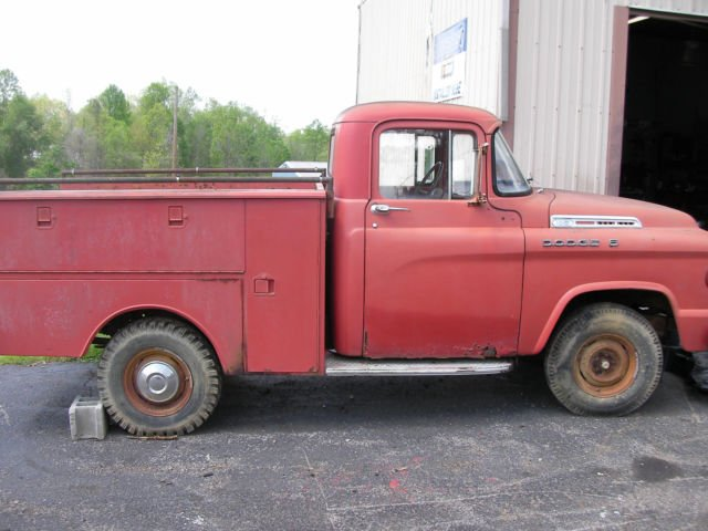 1958-dodge-d100-factory-utility-fire-truck-very-solid-all-orig-survivor-ky-3 (1).jpg