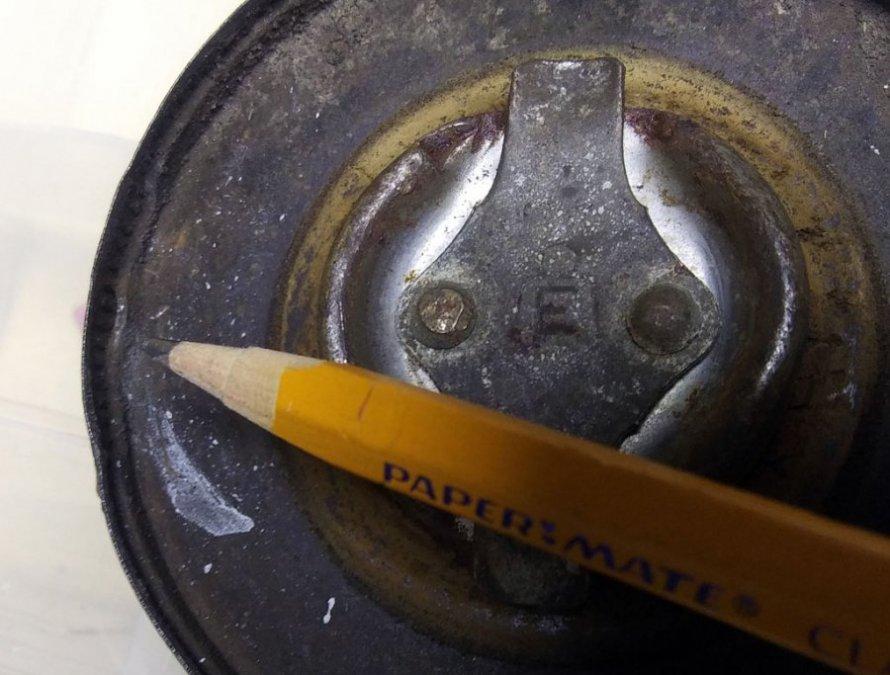 fuel-cap-2.thumb.jpg.9e990276a54881cd4d123163f05c311f.jpg