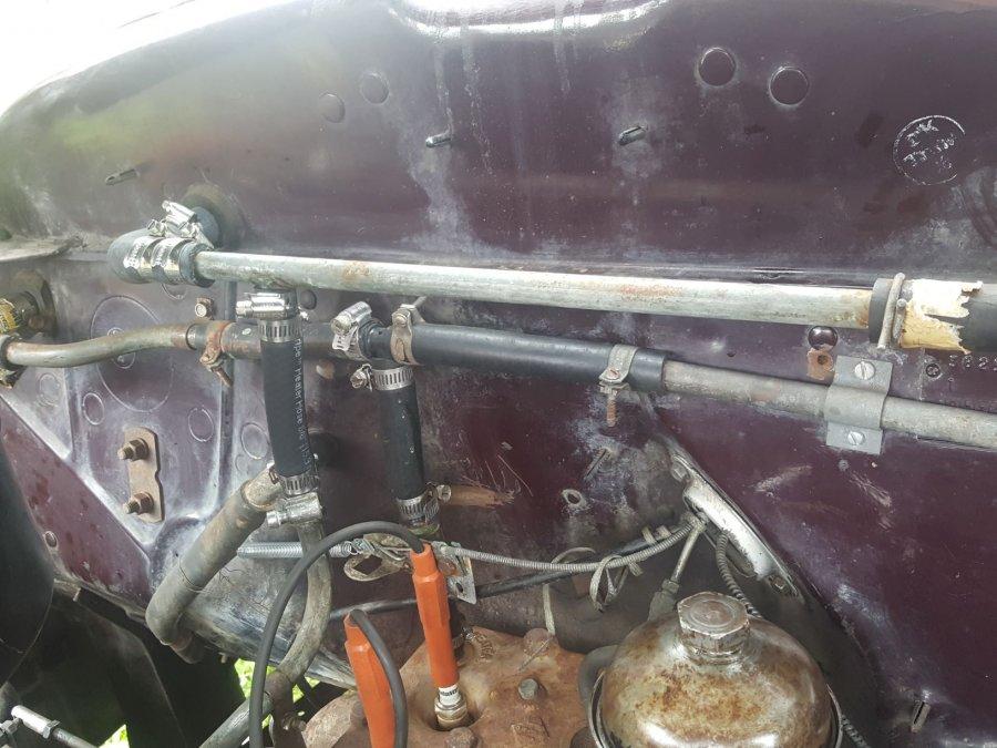 heater hose arrangement.jpg