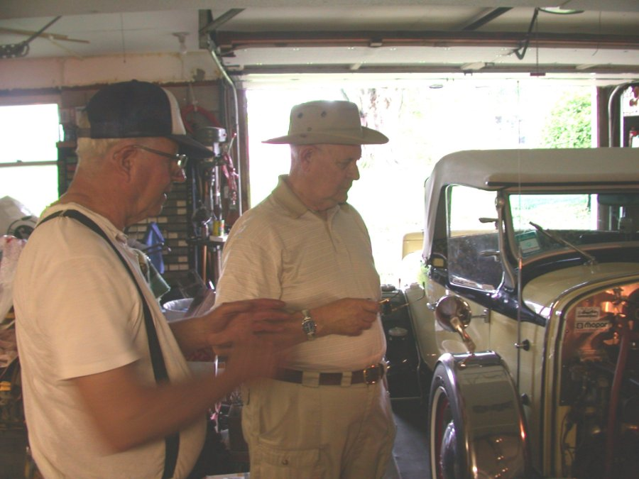 George and Eddy discussing the Desoto Roadsters 6 and 12 volts systems.jpg